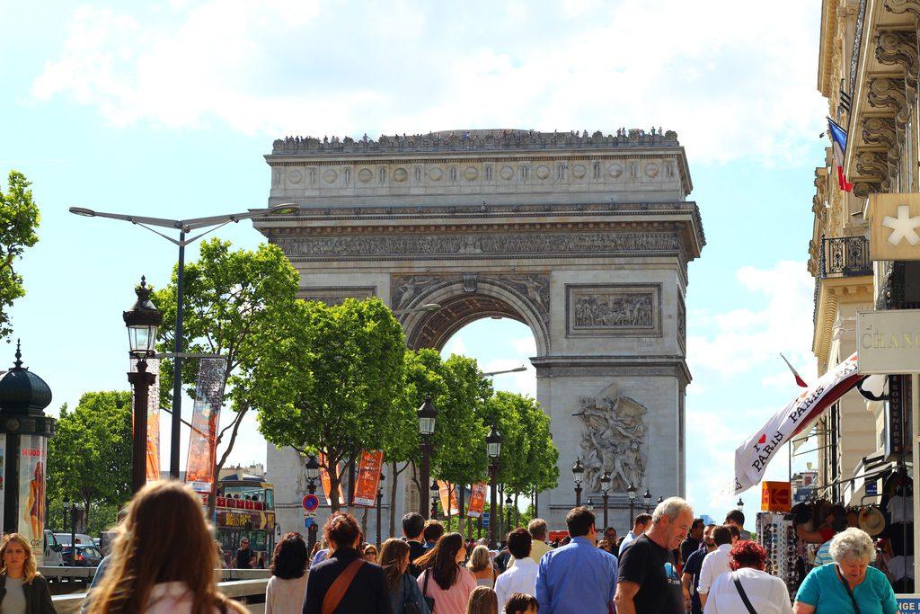 Париж_Елисейские поля_Триумфальная арка
