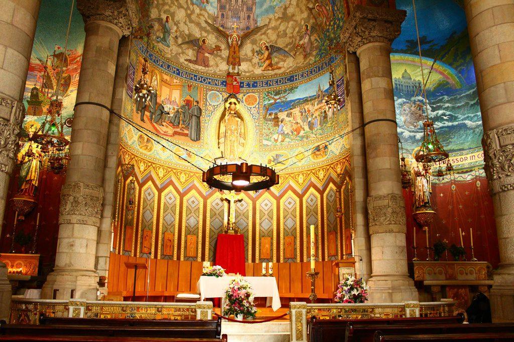 Барселона, парк Тибидабо, Собор Святого Сердца Христа