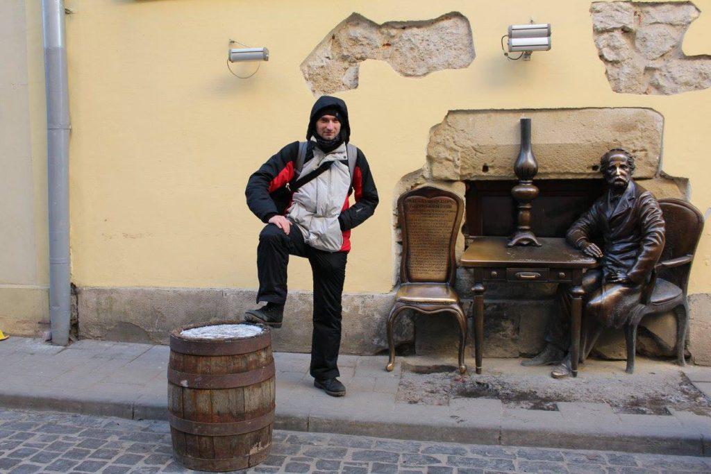 Украина, Львов, кафе Гасова Лямпа