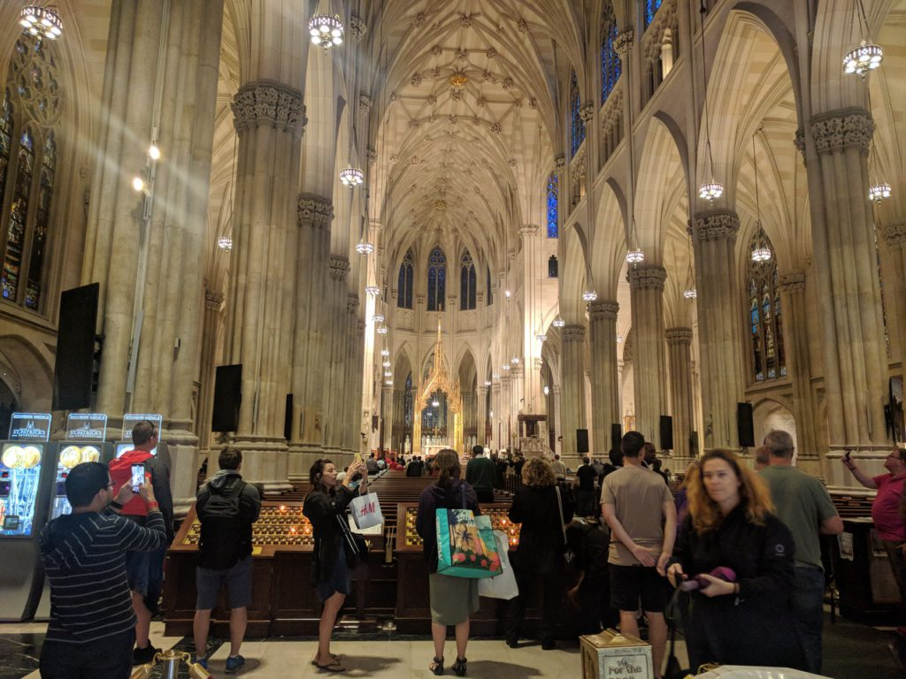 USA, New York, Manhattan, St. Patrick's Cathedral