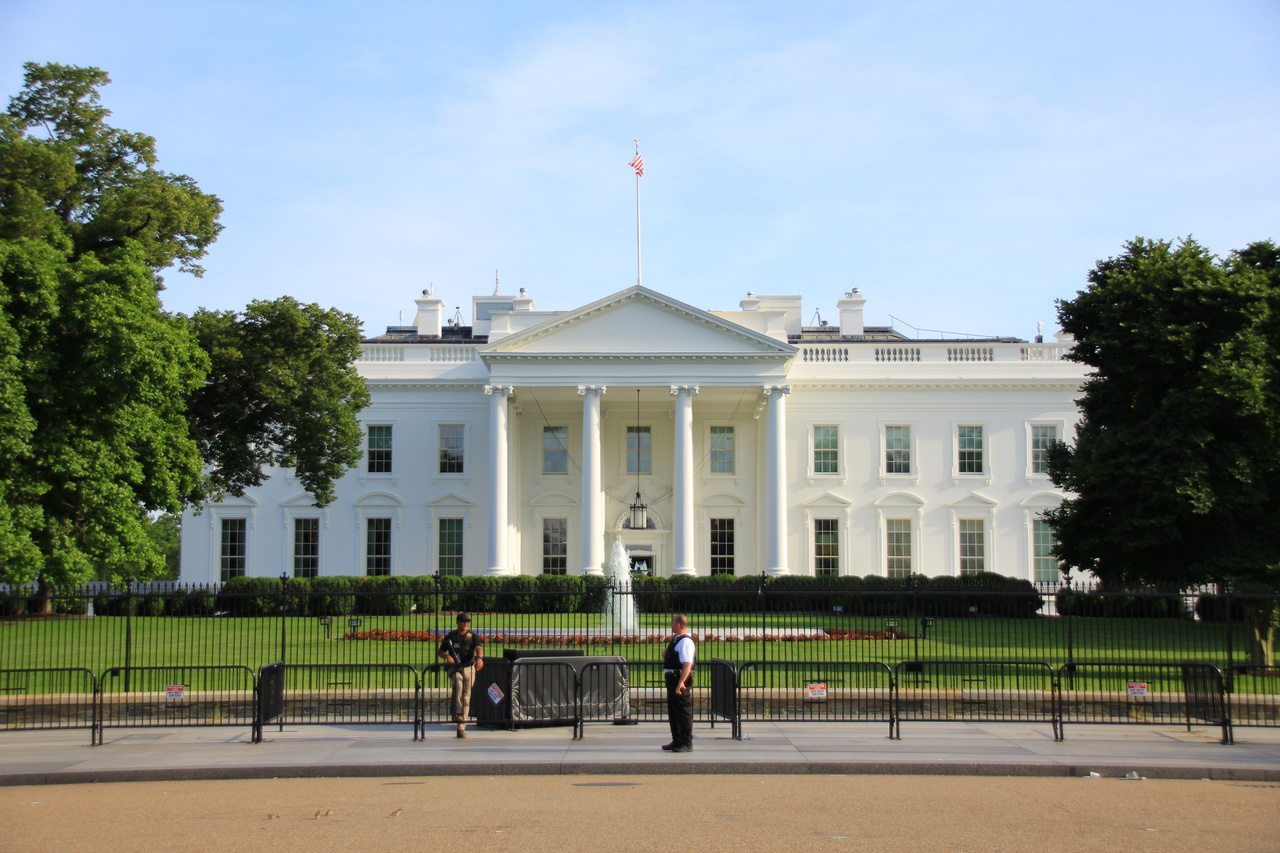 Washington D C Usa Part 3 6 White House Official Residence Of Usa President Worldwithatwist Com