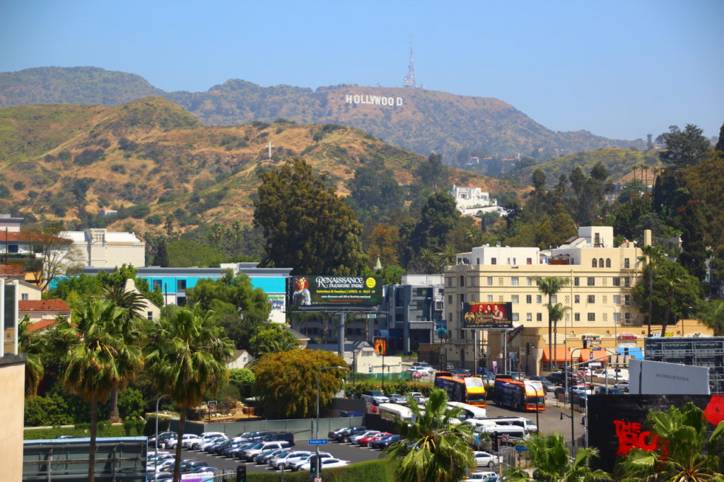 USA, Los Angeles, Hollywood, Dolby Theatre, Hollywood sign