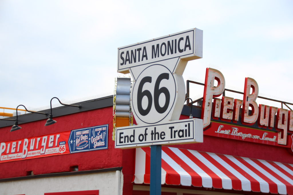 USA, Los Angeles, Santa Monica Pier, Route 66