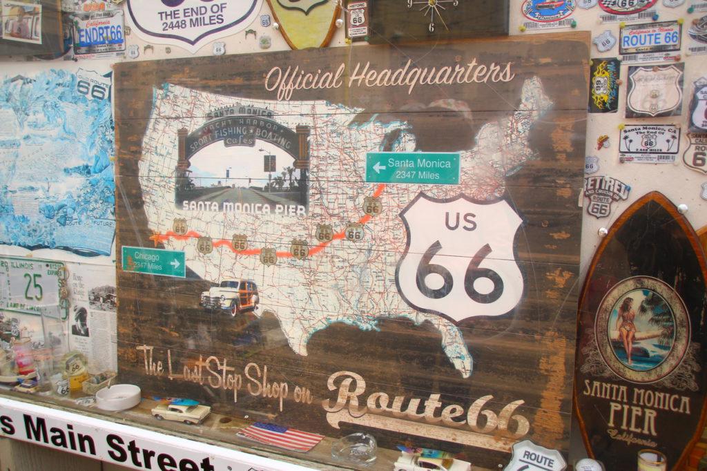 USA, Los Angeles, Santa Monica Pier, Route 66